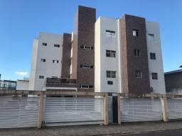 Apartamento nos Bancários com 2 quartos e próximo da principal.