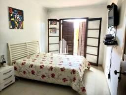 Sobrado - 6 Vagas/ 4 Quartos/ 1 Suite/ 3 Banheiros/ Sala/ Cozinha