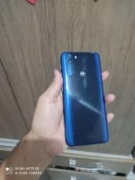 Motorola one fusion 128GB vendo ou troco por inferior com volta pra mim