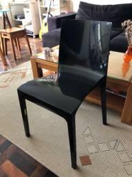 Cadeira Plasútil Taurus Preto