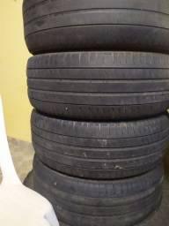 Título do anúncio: 4 pneus 215/55R17 meia vida