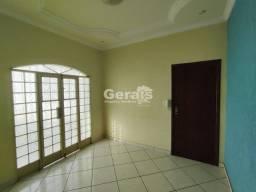 Apartamento para aluguel, 3 quartos, 1 vaga, Niterói - Divinópolis/MG