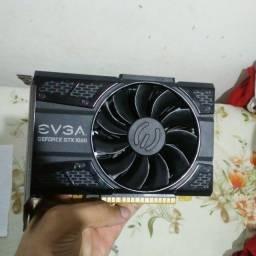 Vendo Gtx 1050 2gb Gddr5 da EVGA