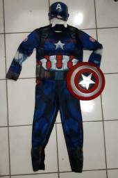 Fantasia infantil do capitão américa