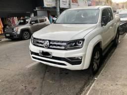 Amarok V6 branca 19/19 2.600 km rodados - 2019