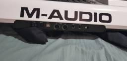 M-Audio Axiom Air 61 teclas semi-pesadas comprar usado  Cascavel