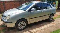 Polo Sedan 1.6 - 2004