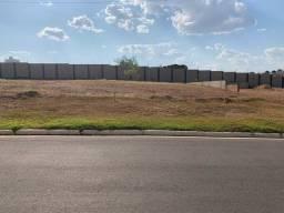 Vende - se terreno do Condomínio Villagio Das Américas em Cuiabá MT
