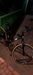 Bicicleta aro 26 cor preta 580 reais *zap