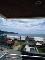 Apartamento em Bombinhas com 3 dormitórios - Cód. 32A