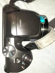 Vendo Camera fotográfica acompanha carregador