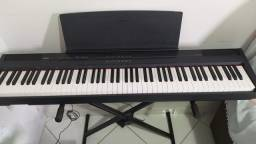 Piano Yamaha P105 ótimo estado de conservação