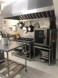 Ponto Comercial com Cozinha Industrial Completa em Balneario Camboriu