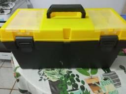 Título do anúncio: Caixa de transporte de pets e caixa de ferramentas ou pesca.