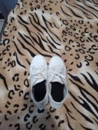 Vendo tênis branco ( Restinga)