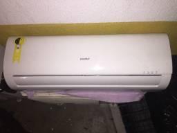 Título do anúncio: Ar Condicionado Split Hi Wall Comfee 12.000 BTU/h Frio Monofásico 42AFCF12F5 ? 220 Volts