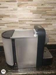 Título do anúncio: Cafeteira Nespresso Cs100 220v