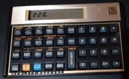 Calculadora cientifica HP 12C semi nova pouco uso.