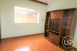Título do anúncio: Casa em Glória - Belo Horizonte