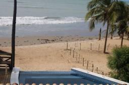 * vendo casa no Coqueiro, na beira mar, prox. ao bar do preto