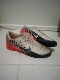 Vendo Chuteira Nike Society - Numeração 41