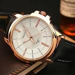 Lindo relógio masculino YAZOLE couro