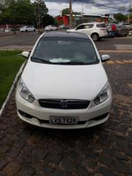 Fiat - Grand Siena ESSENCE 1.6 Flex 16V - 2013