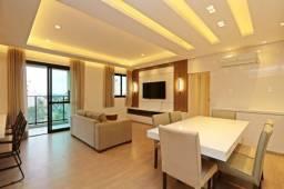 AP0620 - Apartamento 2 quartos, 1 suíte, 2 vagas no Água Verde
