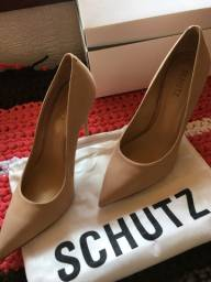 Sapato da schutz
