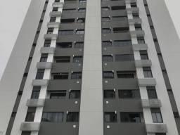 Apartamento de 3 dormitórios com garagem para aluguel bem localizado na Agronômica