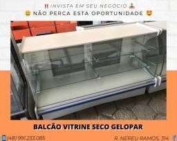 Balcão Vitrine Seco 1.70M Gelopar - Com iluminação | Matheus