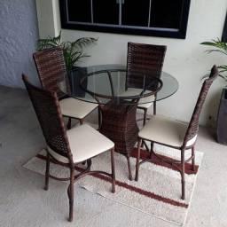 Mesa Rio com 04 cadeiras baixas!!!