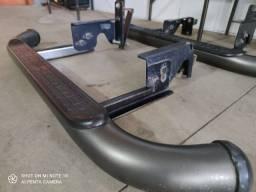Estribo tubular, oval marca Bepo para caminhonetes, pick ups, jeeps e outros.