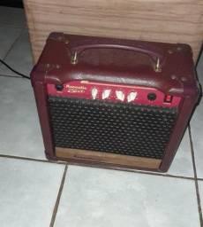 Cubo de violão 400.00 pra conversar
