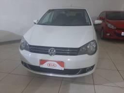 Volkswagen Polo Sedan 1.6 Confortline 2014 !!! Fino