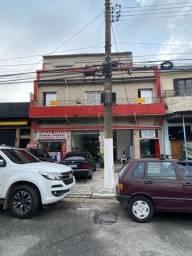 Aluga-se comercial/residencial