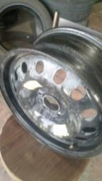 Roda ferro fiat toro