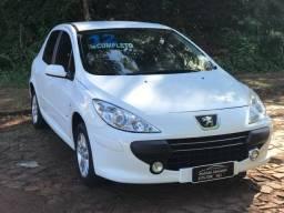 Peugeot - 307 Presence 1.6 2012