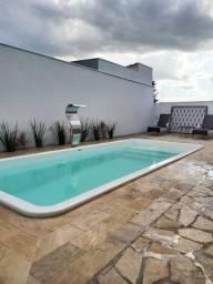 Título do anúncio: Casa de alto padrão no bairro São Pedro, acabamento novo( WhatsApp na descrição)