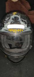 Título do anúncio: Capacete Norisk 58,personalizado BATMAN