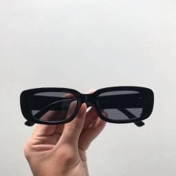 Óculos de sol com proteção UV400