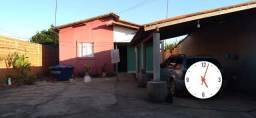 Vende se uma casa em Demerval Lobão