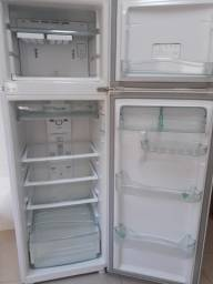 Vendo Geladeira Consul Biplex 380L Frost Free