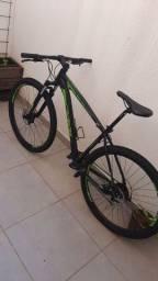 Bicicleta Oggi Aro 29 Semi nova