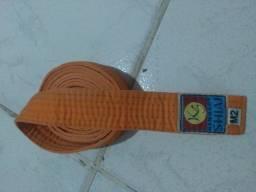 Título do anúncio: Faixa de Artes marciais laranja