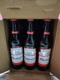 Caixa Budweiser 12un