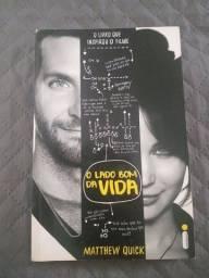"""Kit Livro e Filme """"O Lado Bom da Vida"""""""