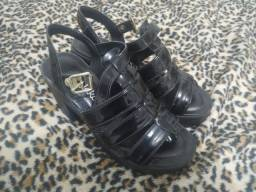 Sandália Dakota preta tamanho 35