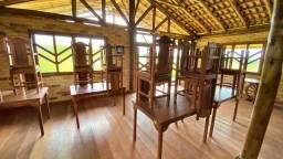 Título do anúncio: 19 Conjunto de Mesas com 4 cadeiras em madeira de lei