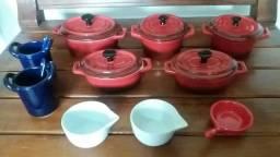 Panelinhas da coleção Petites Casseroles da cozinha francesa